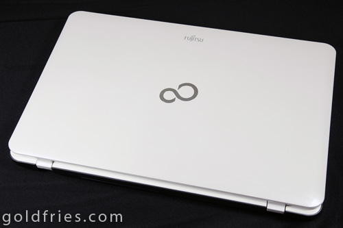 Fujitsu Lifebook AH531 Notebook Review