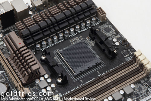 Asus Sabertooth 990FX R2.0 (AMD AM3+) Motherboard Review