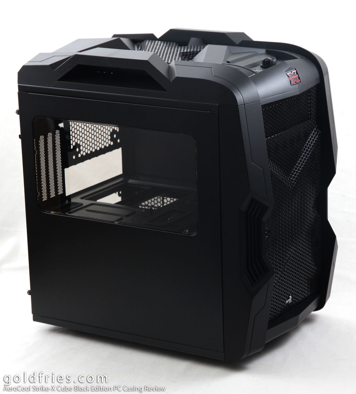 AeroCool Strike-X Cube Black Edition PC Casing Review