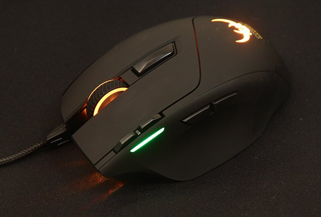 Corsair Gaming Sabre Laser RGB Gaming Mouse Review 7