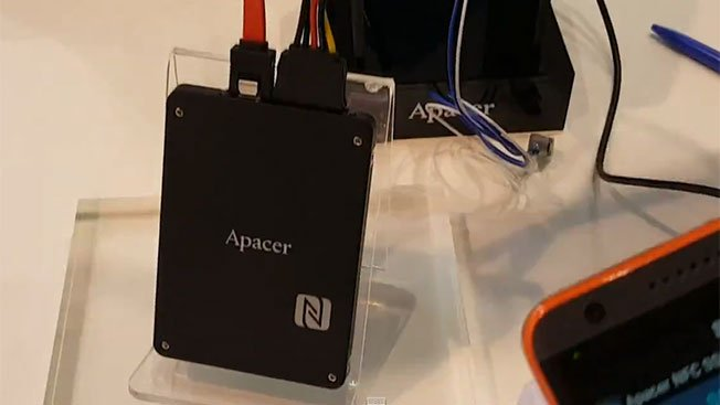 Apacer's SSD with NFC Feature For Monitoring and Security at Computex 2015  2