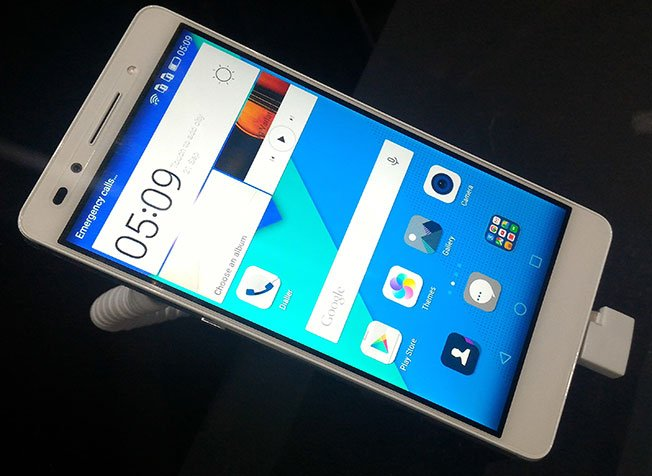 Huawei Launched the Honor 7, retailing at RM 1,399 3