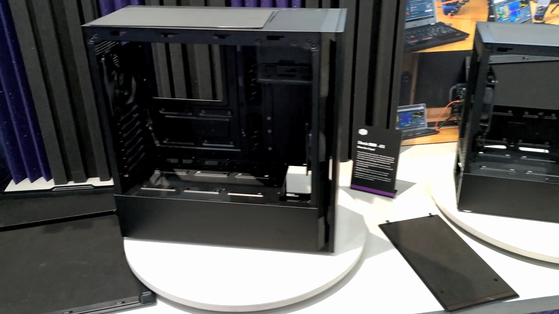 Cooler Master Silencio S400 and S600 Casings 1