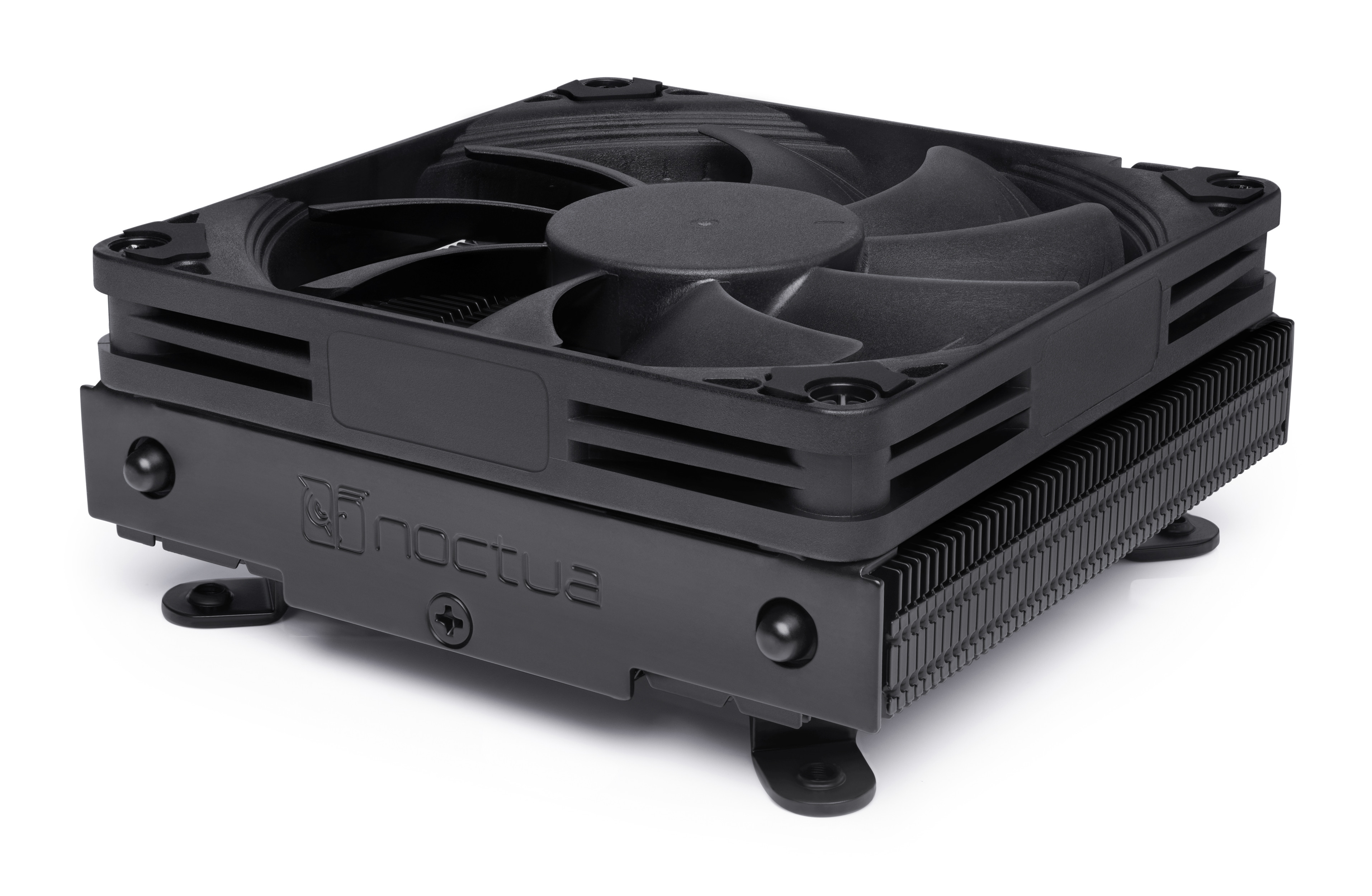 Noctua chromax.black CPU coolers Now Available 3