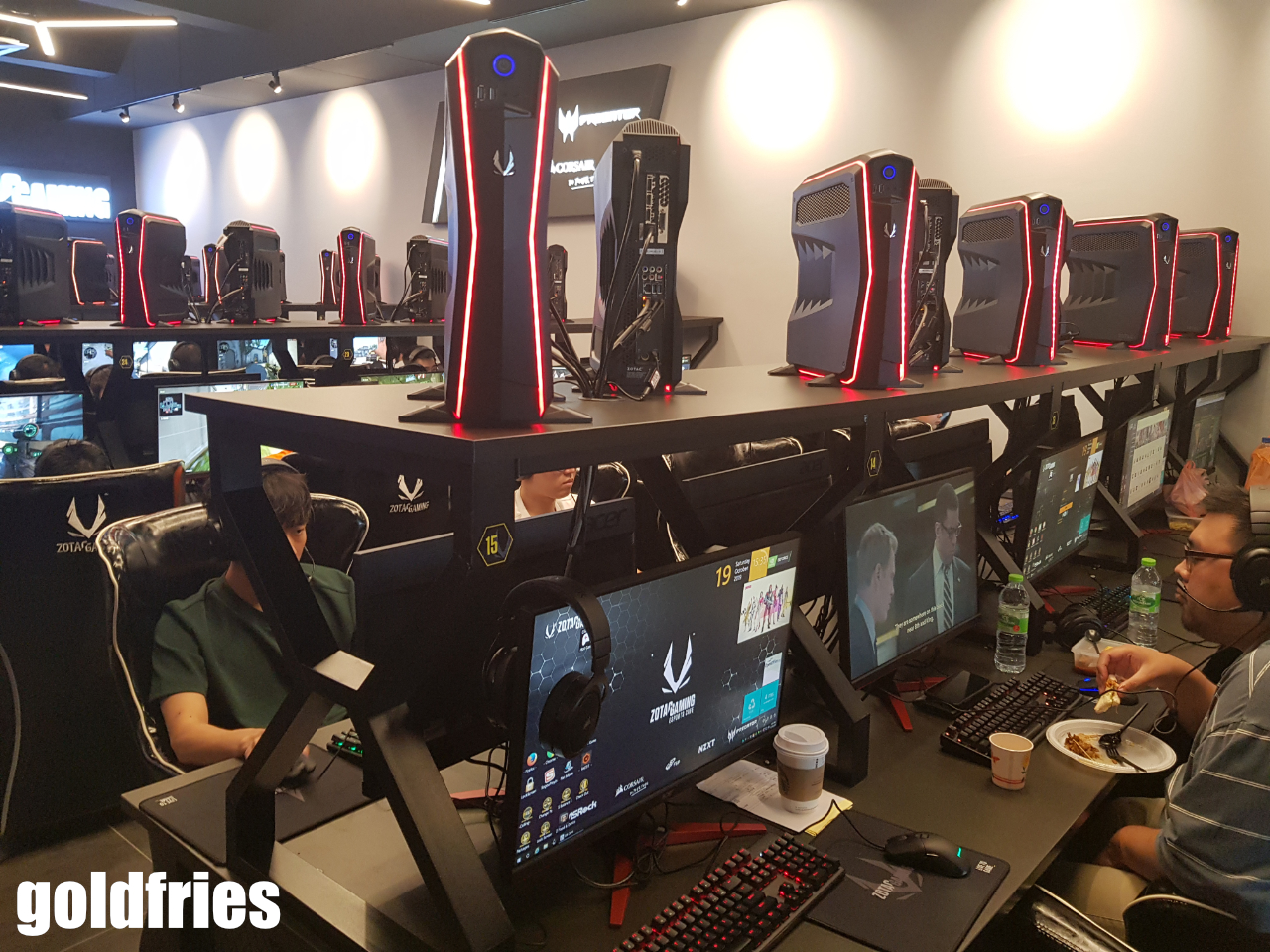 ZOTAC Gaming Esports Cafe Now Open 25